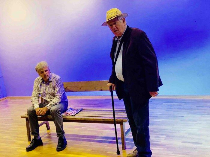 Die Eisernen von Aldo Nicolaj mit Karin Karlbauer, Gernot Kurz und Walter Seljak. Regie: Christina Jonke 2