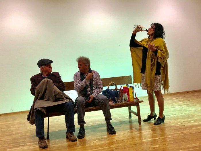 Die Eisernen von Aldo Nicolaj mit Karin Karlbauer, Gernot Kurz und Walter Seljak. Regie: Christina Jonke 4